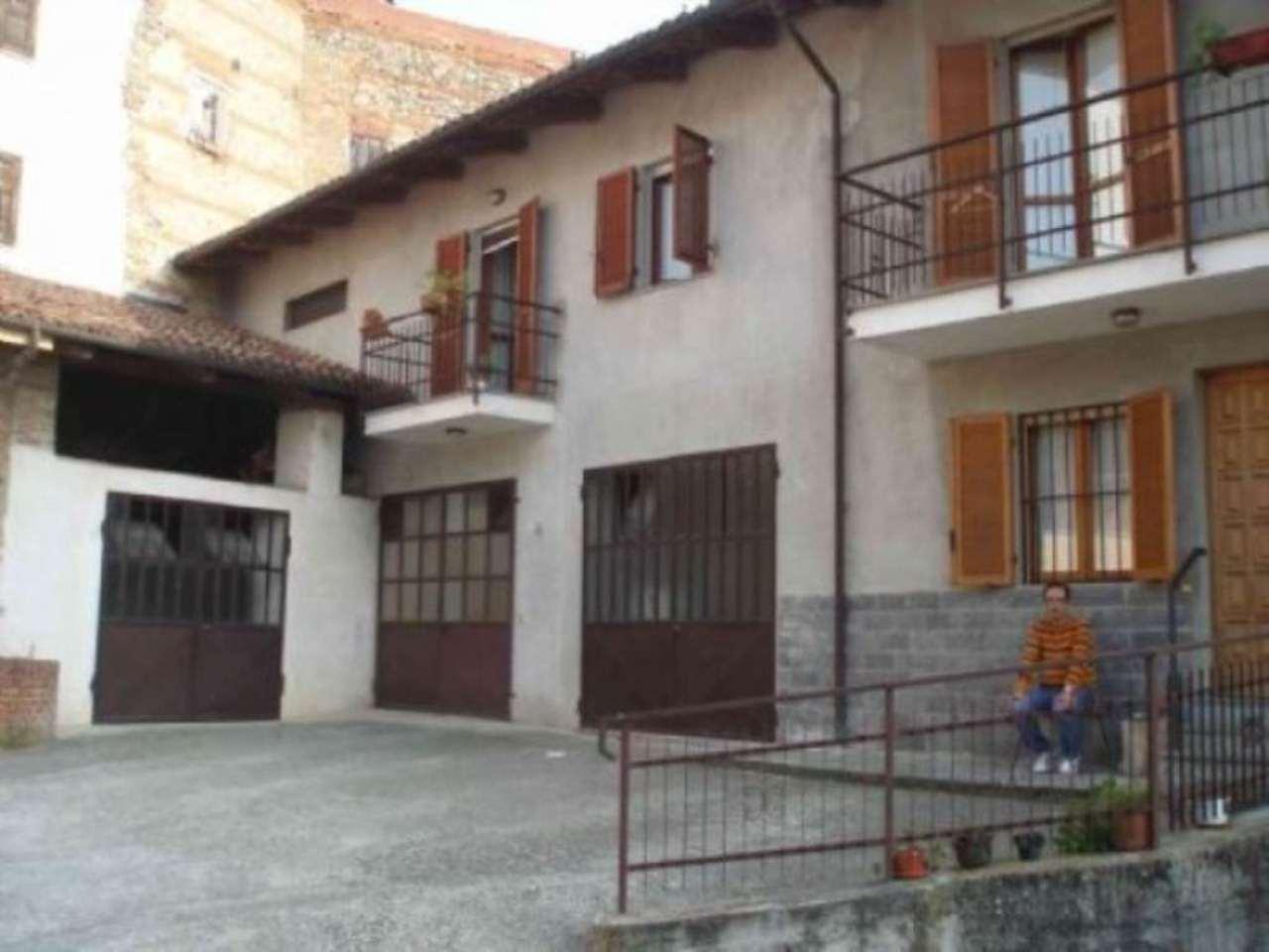 Rustico / Casale in vendita a Pino d'Asti, 6 locali, prezzo € 120.000 | Cambio Casa.it