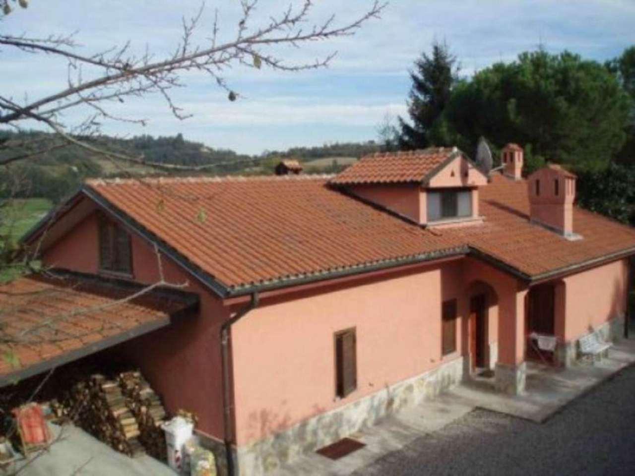 Villa in vendita a Moncucco Torinese, 6 locali, prezzo € 450.000 | Cambio Casa.it