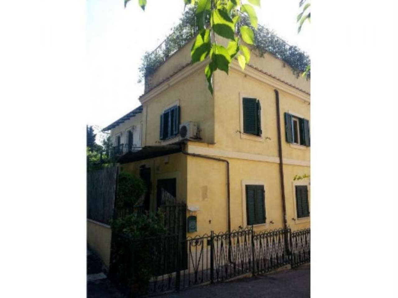 Soluzione Indipendente in vendita a Roma, 6 locali, zona Zona: 2 . Flaminio, Parioli, Pinciano, Villa Borghese, prezzo € 1.350.000 | Cambio Casa.it