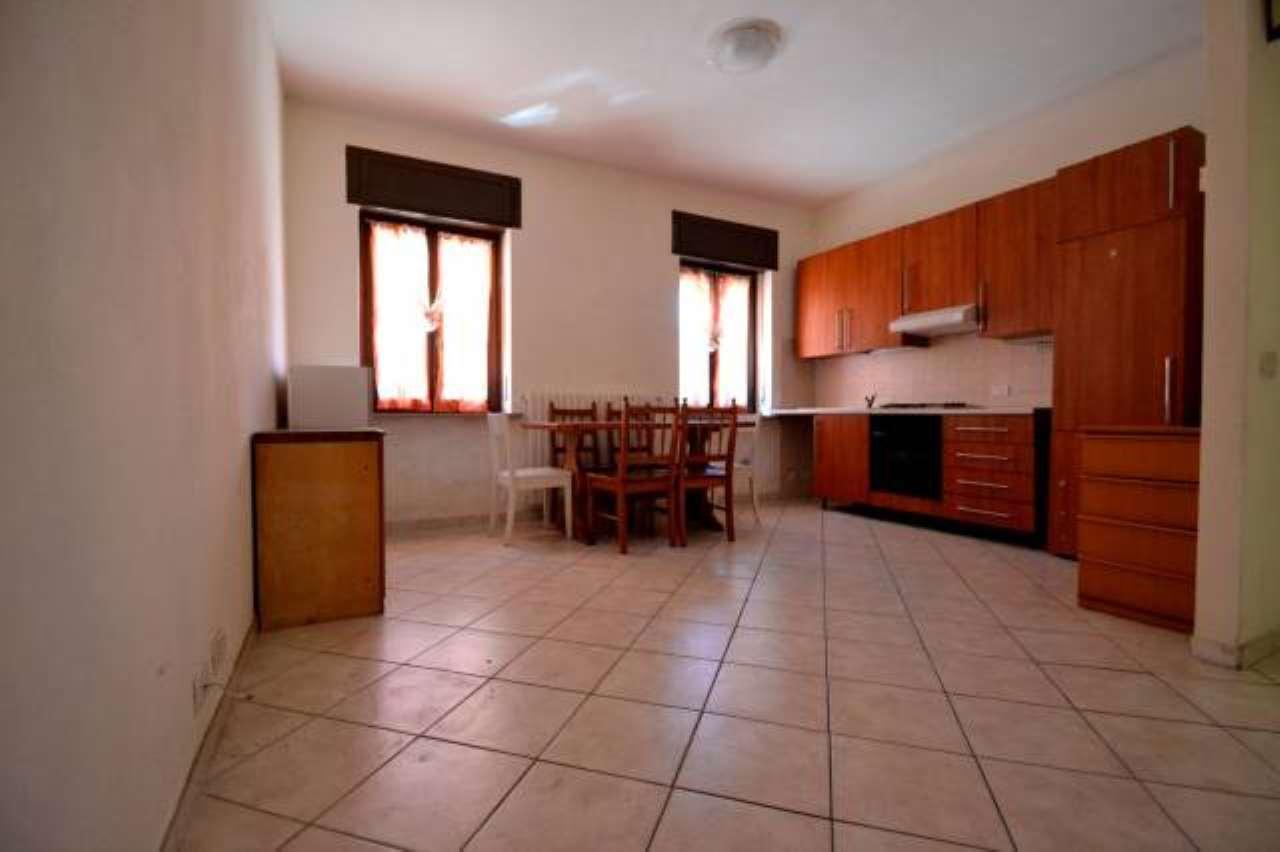 Appartamento trilocale in vendita a Bollate (MI)