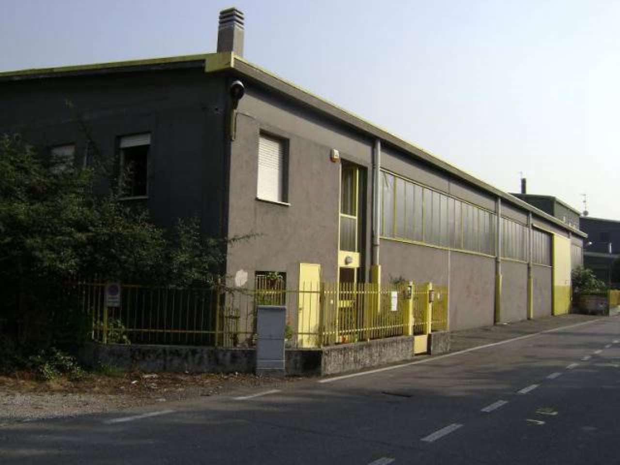 Capannone in vendita a Senago, 6 locali, prezzo € 530.000 | CambioCasa.it