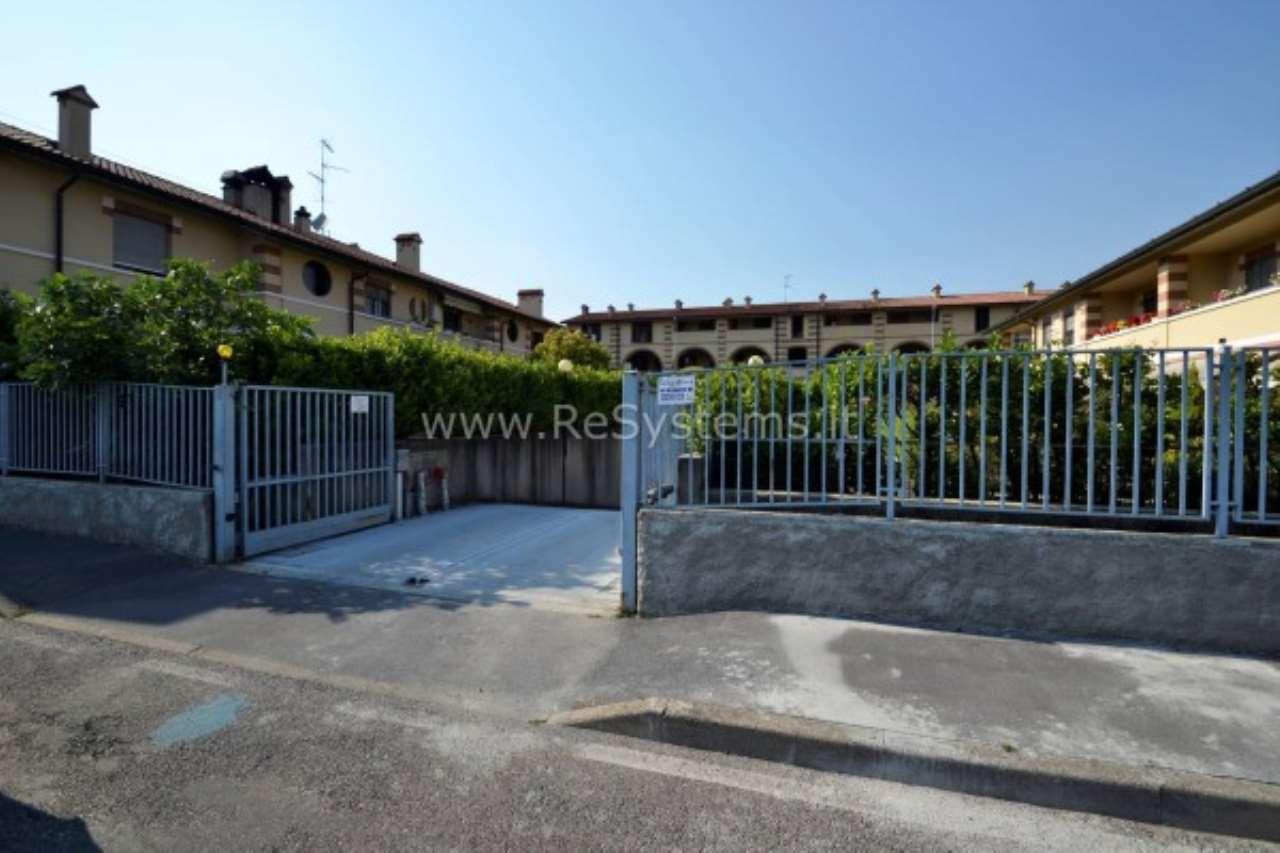 Box / Garage in vendita a Baranzate, 1 locali, prezzo € 15.900 | CambioCasa.it