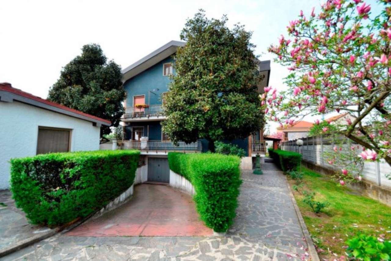 Attico / Mansarda in vendita a Bollate, 3 locali, prezzo € 125.000 | Cambio Casa.it