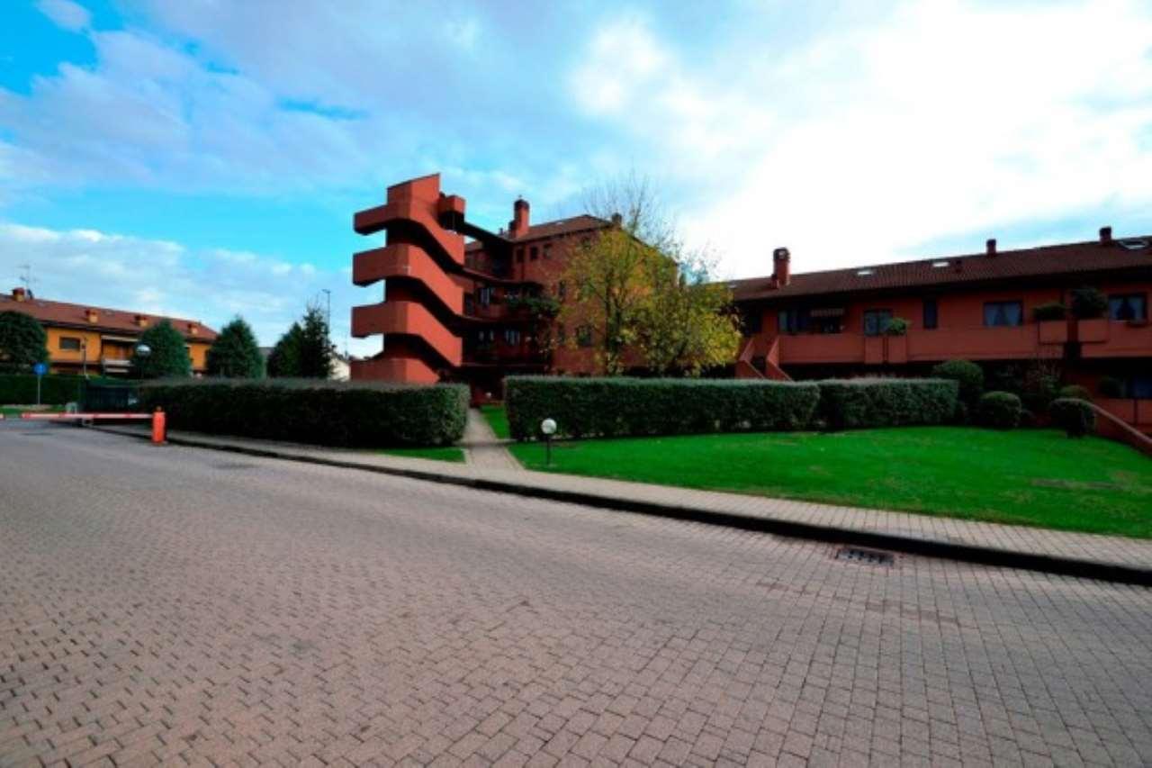 Attico / Mansarda in vendita a Lainate, 5 locali, prezzo € 439.000 | Cambio Casa.it