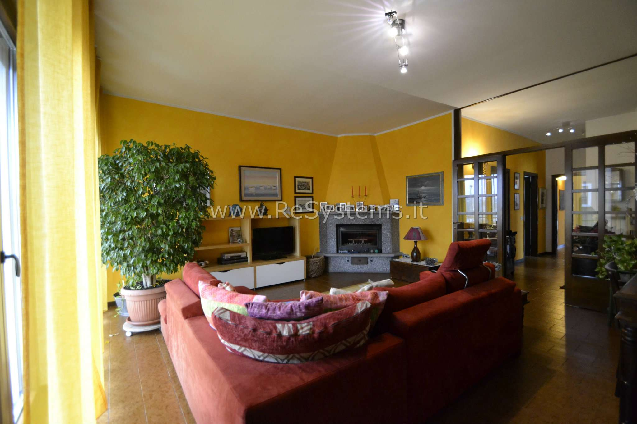 Soluzione Indipendente in vendita a Pogliano Milanese, 4 locali, prezzo € 549.000 | CambioCasa.it