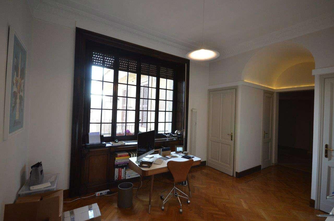 Attici e mansarde in affitto a roma for Locali commerciali in affitto roma centro