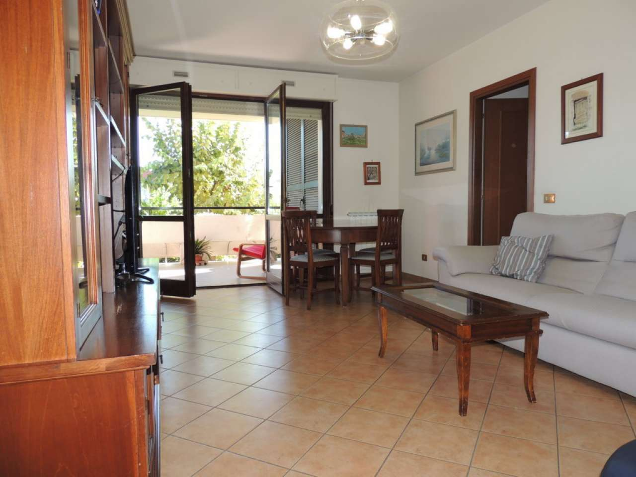 Appartamento in vendita 3 vani 85 mq.  via Luigi  Olivares 64 Roma
