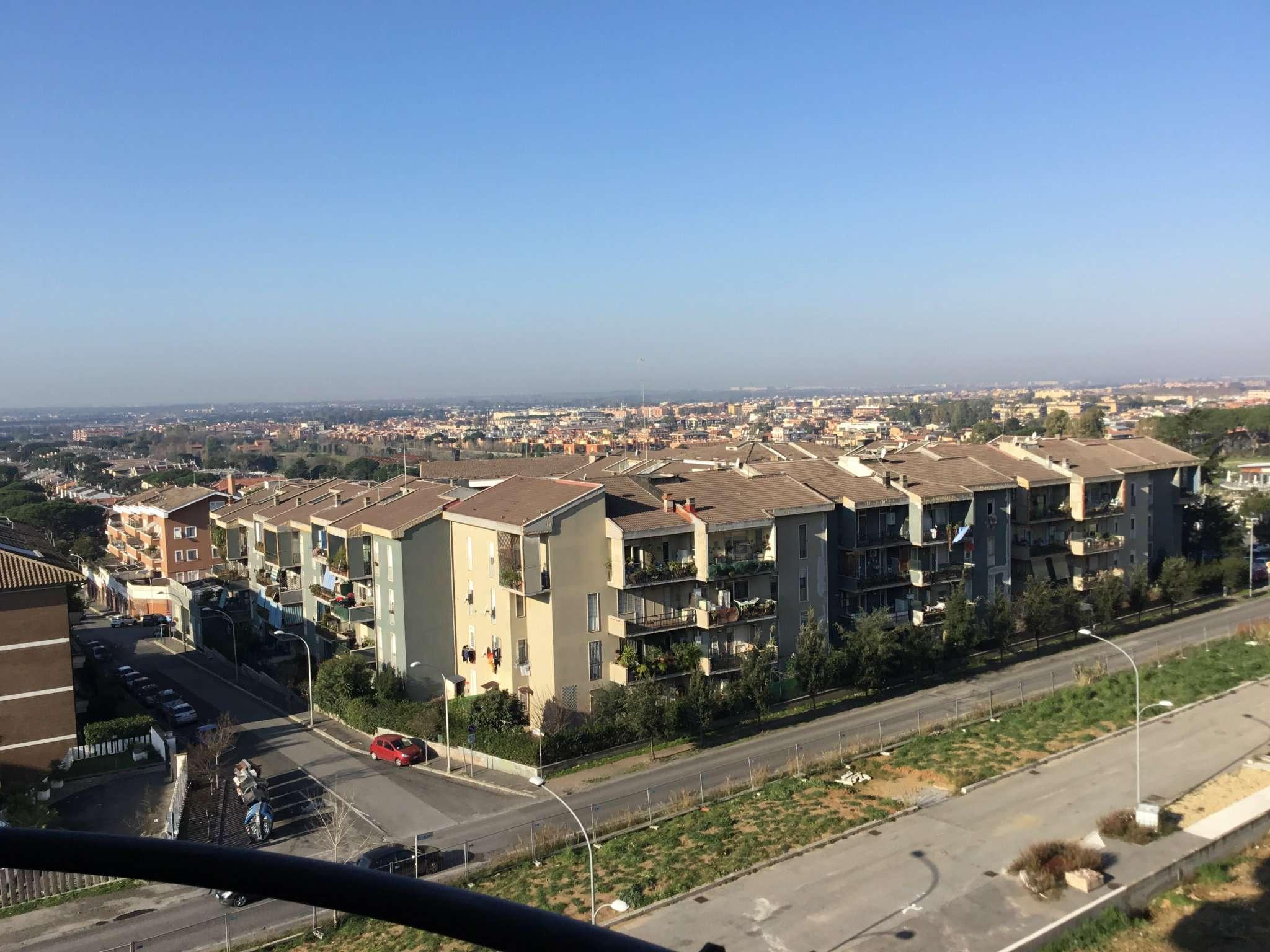 Appartamento in vendita 4 vani 125 mq.  piazza Eschilo Roma