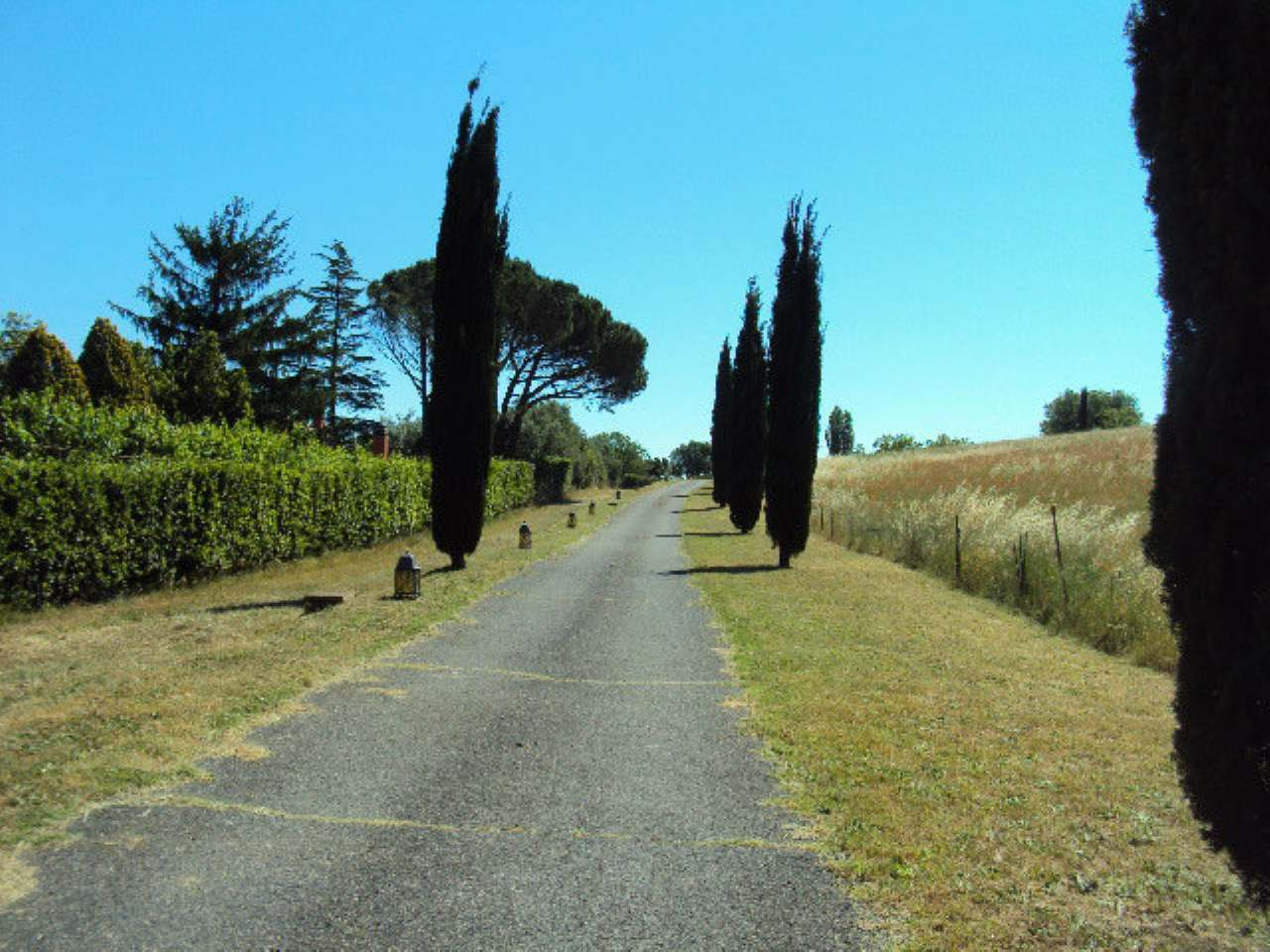 Villa in vendita a Mazzano Romano, 12 locali, Trattative riservate   CambioCasa.it