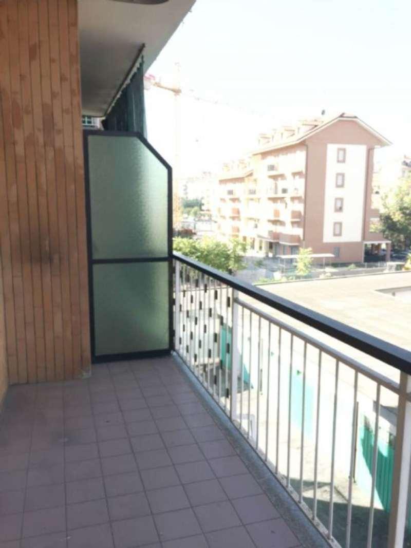 Appartamento in affitto a Nichelino, 2 locali, prezzo € 400   CambioCasa.it