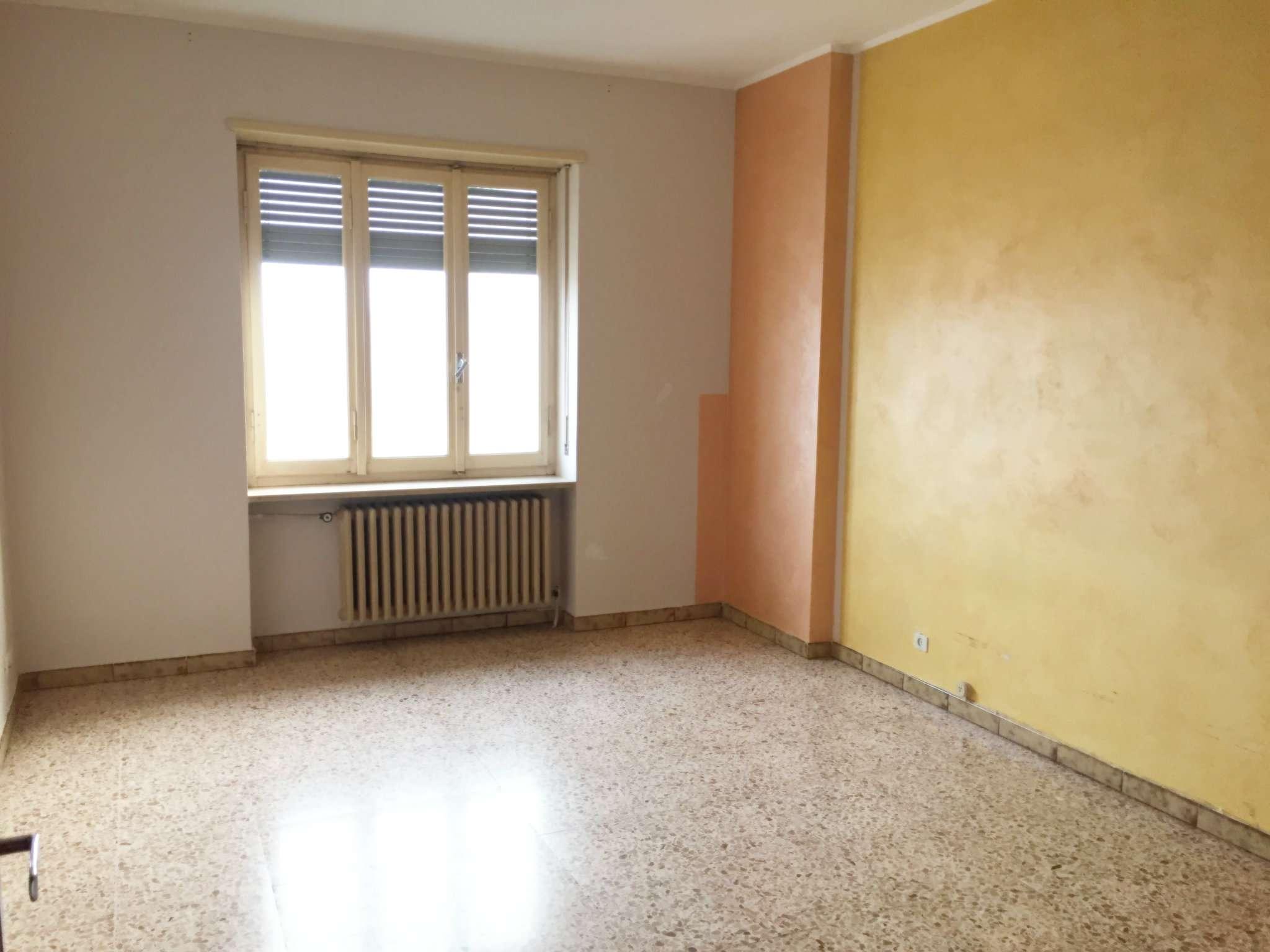 Appartamento in vendita a Piobesi Torinese, 3 locali, prezzo € 50.000 | CambioCasa.it
