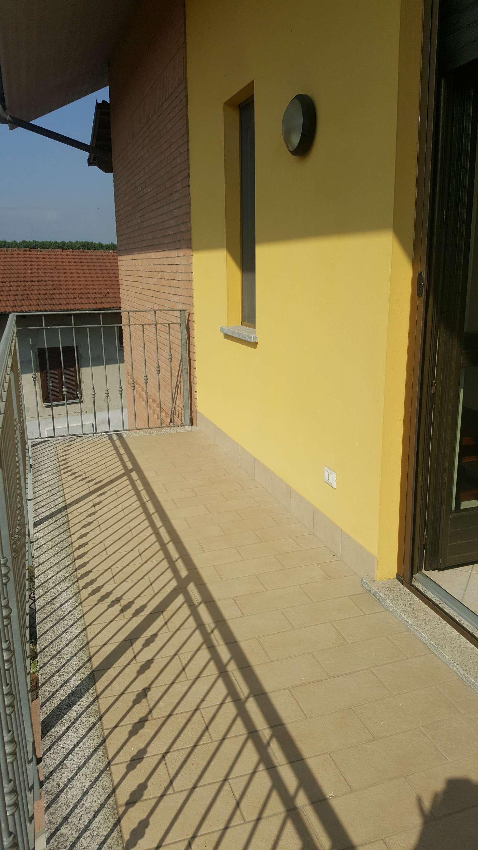 Appartamento in vendita a Piobesi Torinese, 6 locali, prezzo € 179.000 | CambioCasa.it