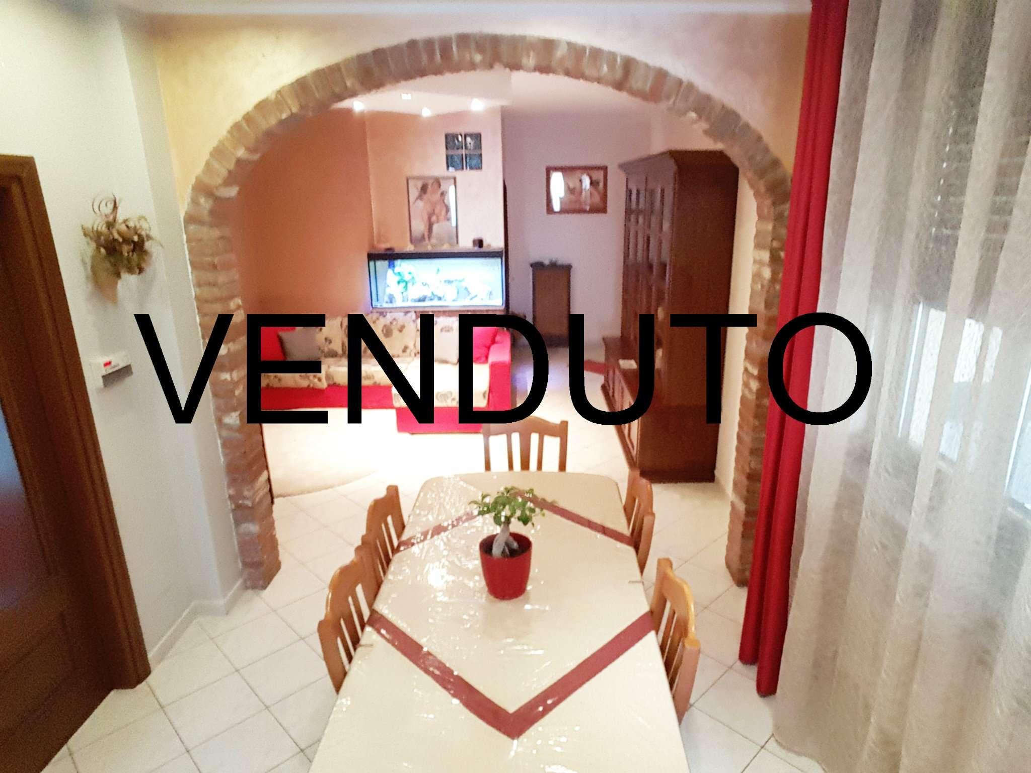Appartamento in vendita a None, 4 locali, prezzo € 99.000 | CambioCasa.it