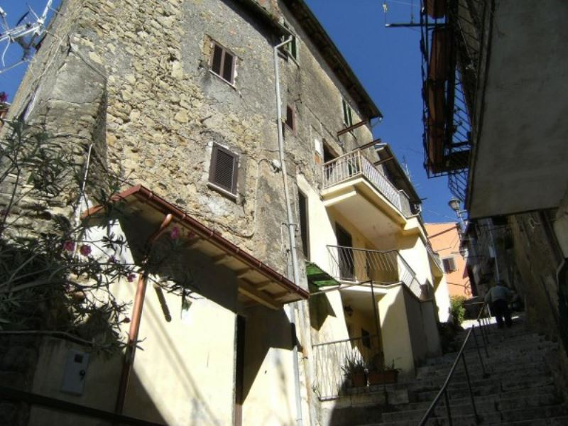Appartamento in vendita a Paliano, 1 locali, prezzo € 40.000 | CambioCasa.it