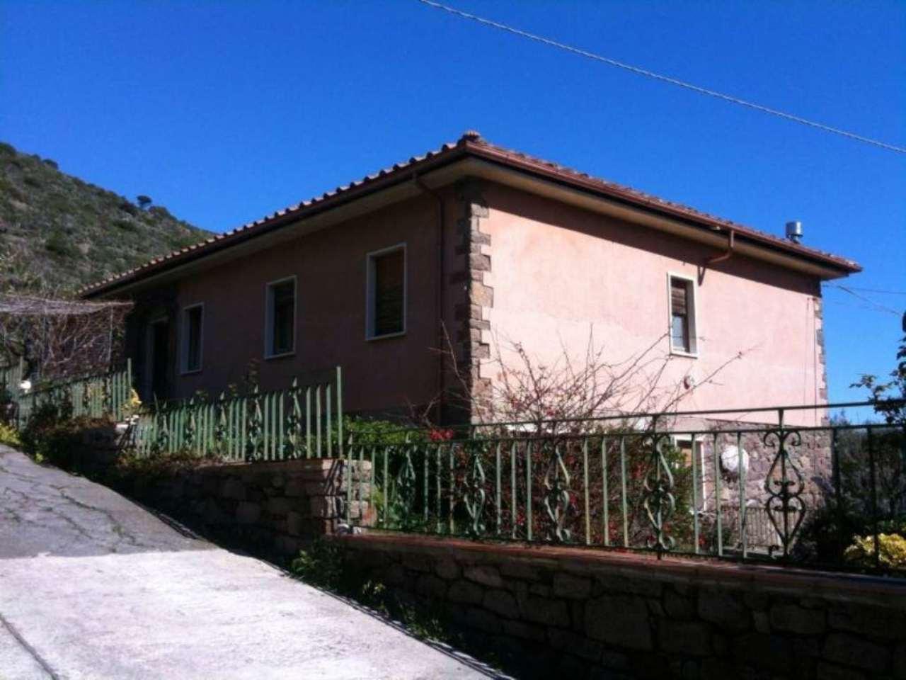 Villa Bifamiliare in vendita a Capraia Isola, 9999 locali, prezzo € 950.000   Cambio Casa.it