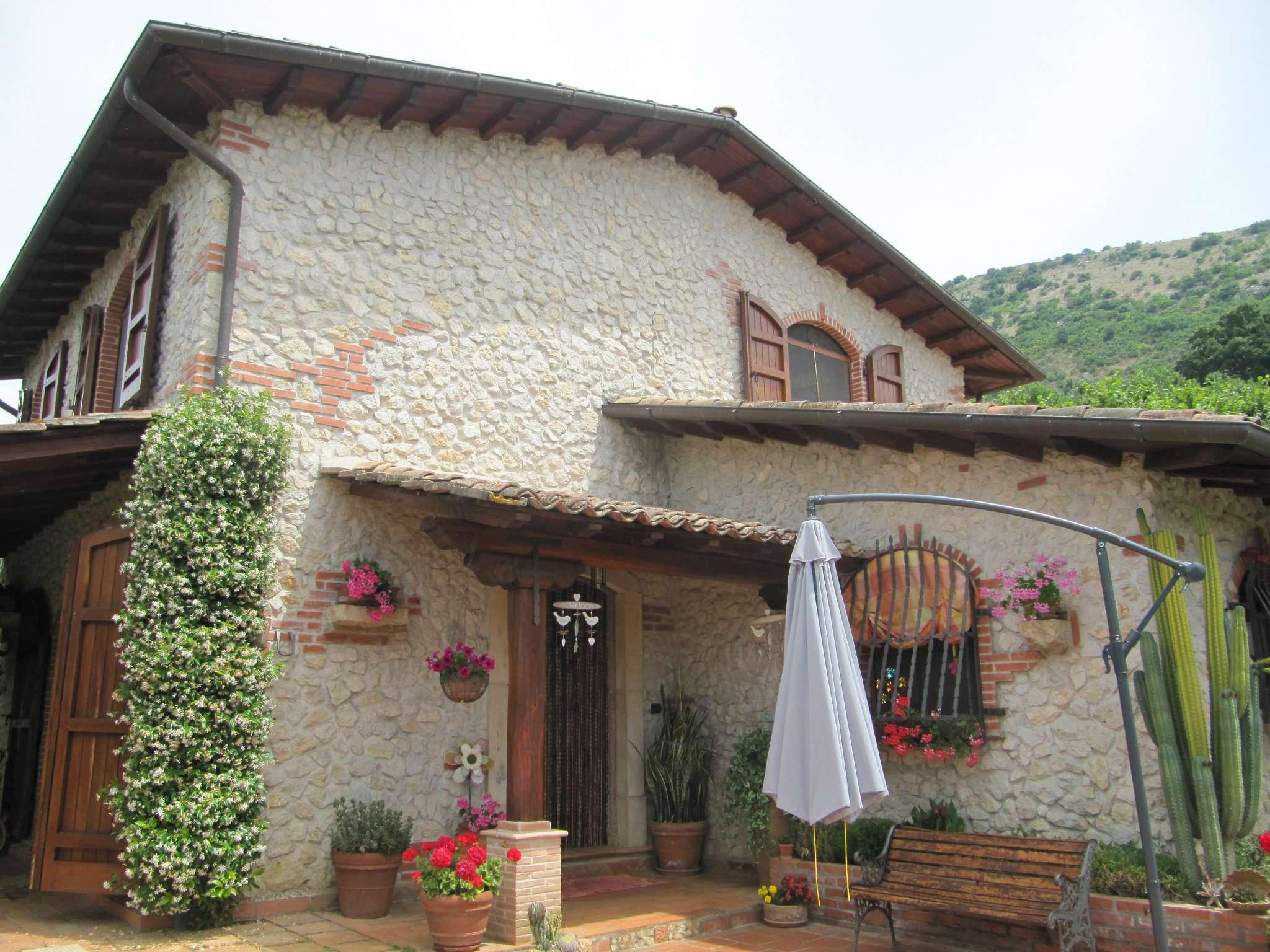 Villa in Vendita a Anagni