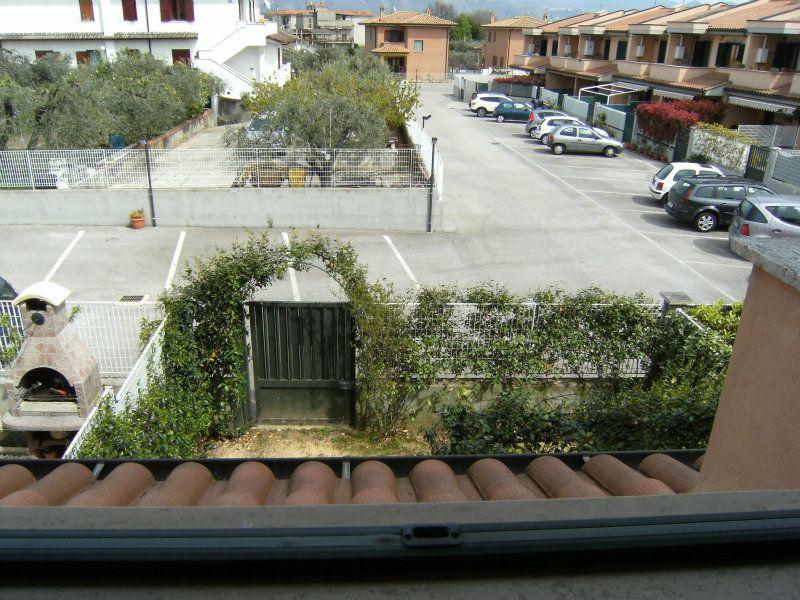 Villa in vendita a Cisterna di Latina in Via Luigi Galvani