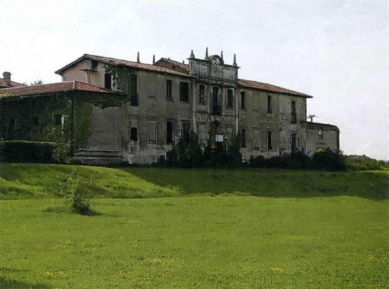 Terreno Agricolo in vendita a Cameri, 9999 locali, Trattative riservate   CambioCasa.it
