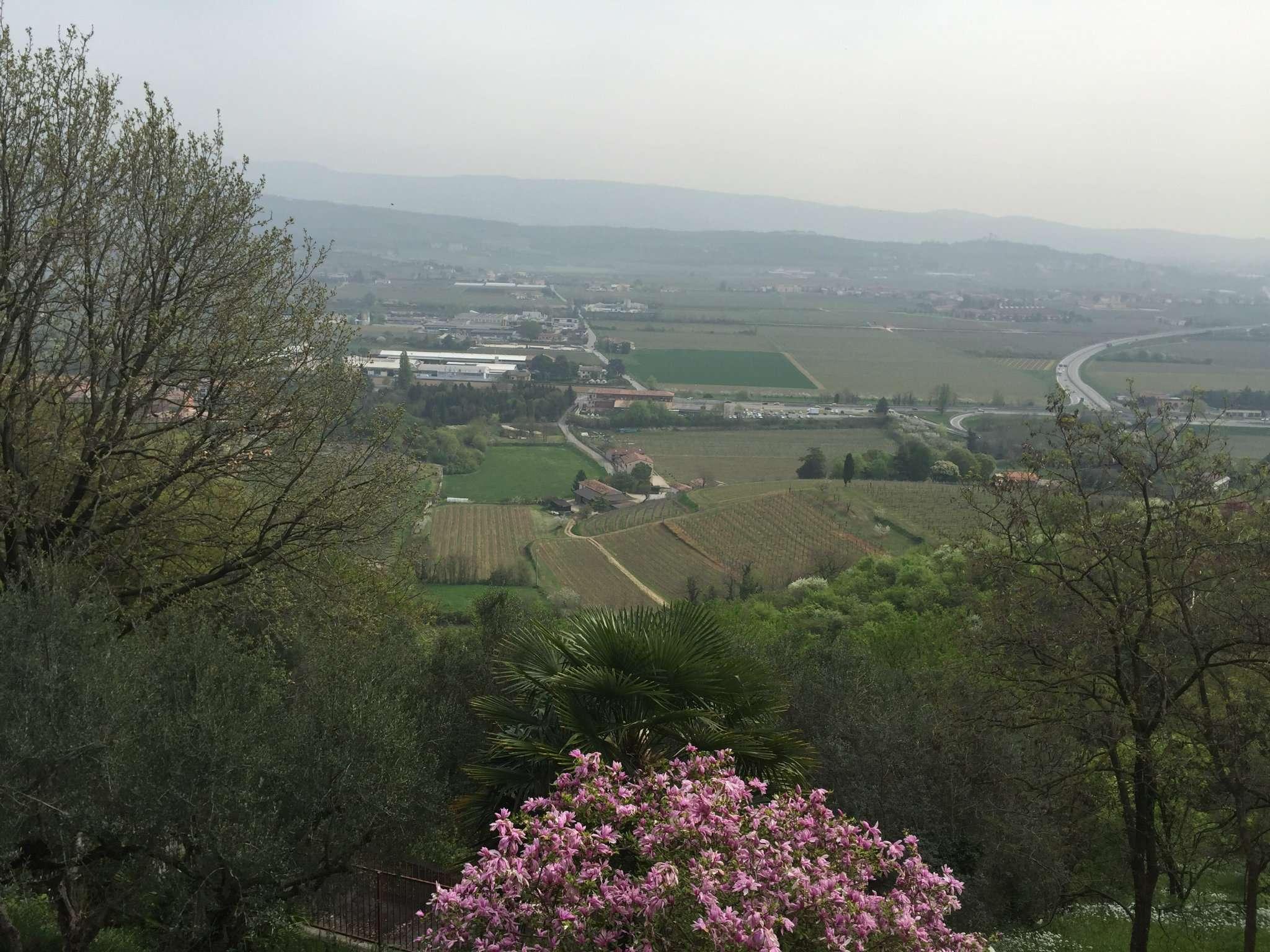 Villa Trifamiliare, Ponte crencano, Vendita - Verona