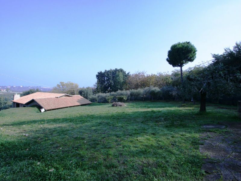 Soluzione Indipendente in vendita a Civitanova Marche, 5 locali, prezzo € 250.000 | Cambio Casa.it