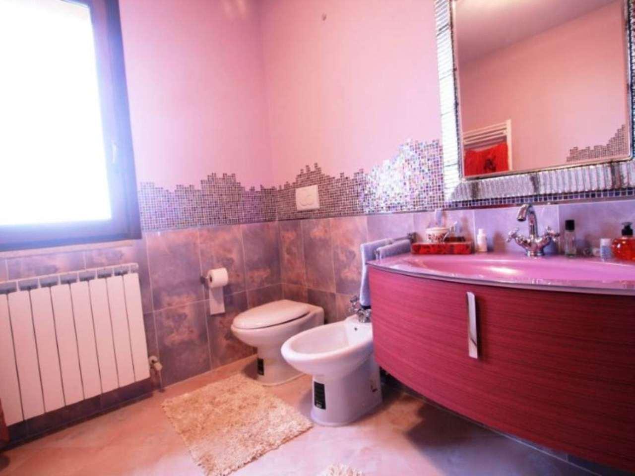 Soluzione Indipendente in vendita a Potenza Picena, 5 locali, prezzo € 260.000 | Cambio Casa.it