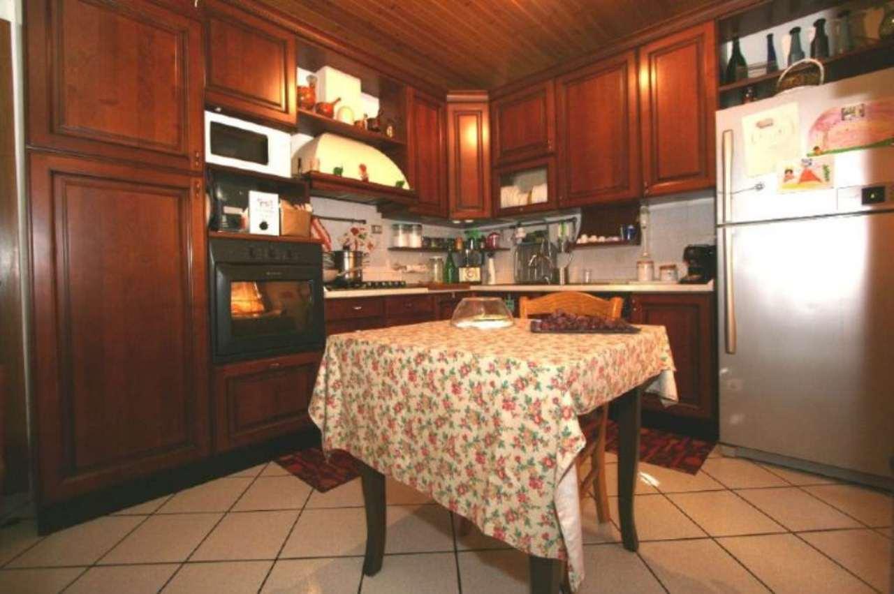 Soluzione Indipendente in vendita a Civitanova Marche, 5 locali, prezzo € 330.000 | Cambio Casa.it