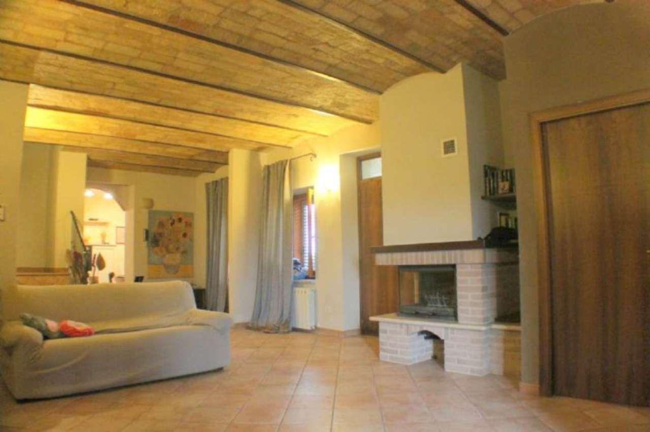 Soluzione Indipendente in vendita a Civitanova Marche, 4 locali, prezzo € 255.000 | Cambio Casa.it