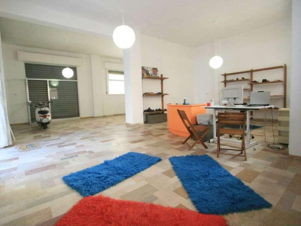 Ufficio / Studio in vendita a Civitanova Marche, 3 locali, prezzo € 180.000   CambioCasa.it