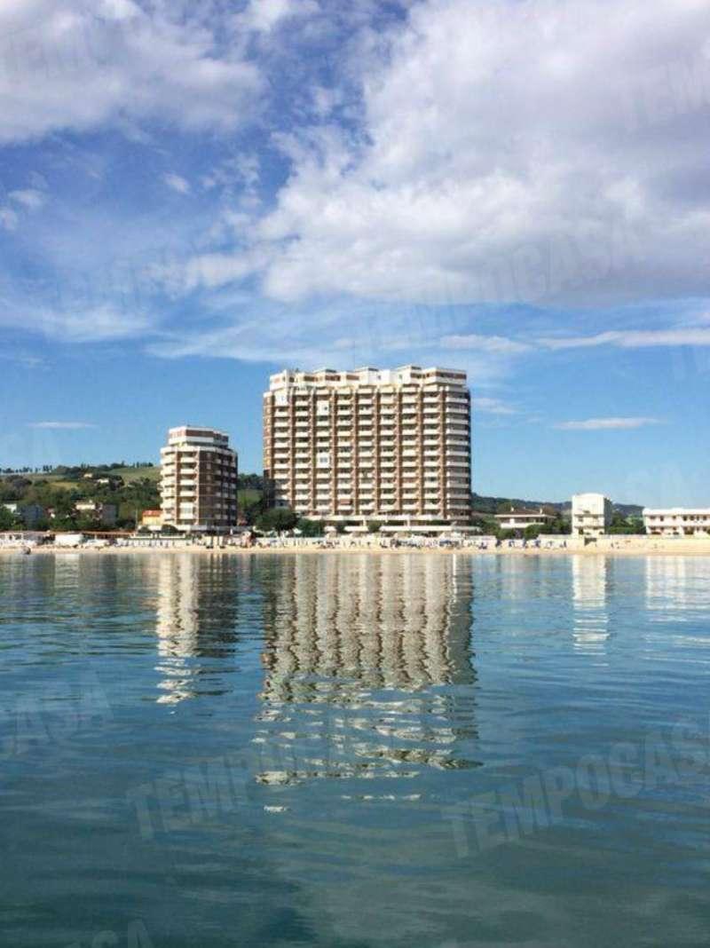 Appartamento in vendita a Potenza Picena, 3 locali, prezzo € 75.000 | CambioCasa.it
