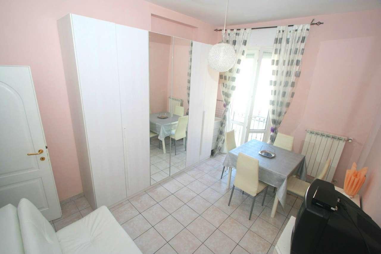 Palazzo / Stabile in vendita a Civitanova Marche, 3 locali, prezzo € 155.000   CambioCasa.it