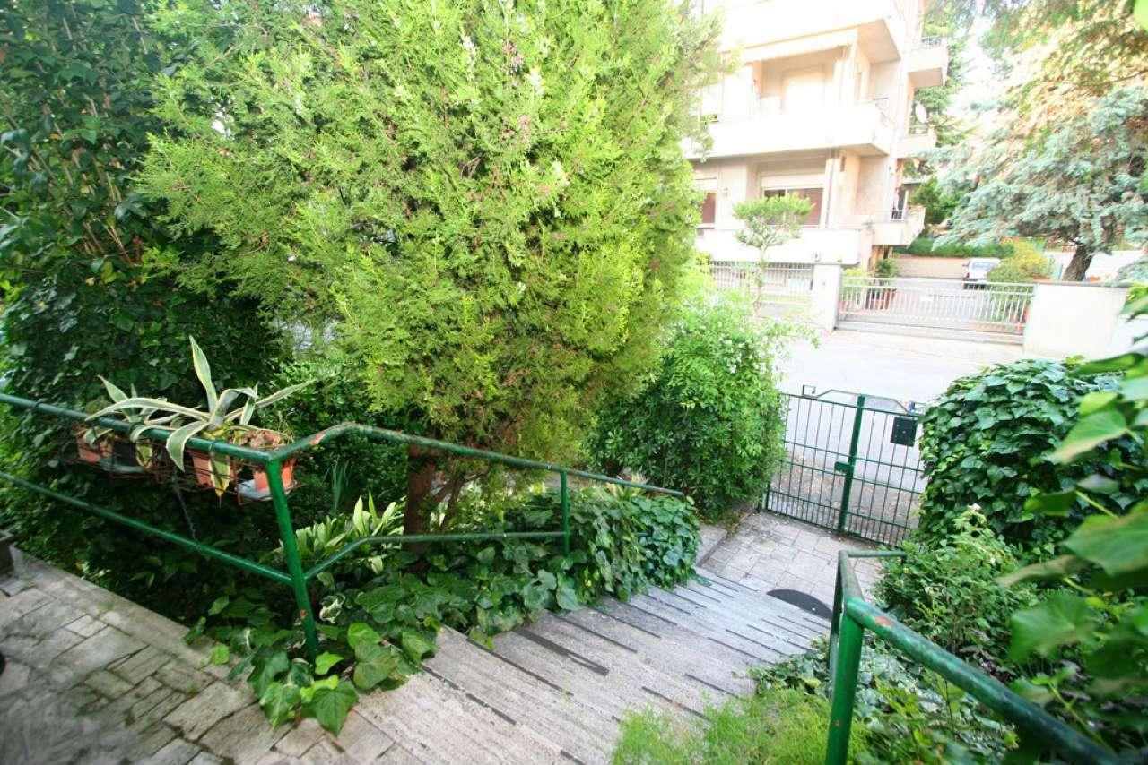 Villa in vendita a Civitanova Marche, 5 locali, prezzo € 350.000   CambioCasa.it