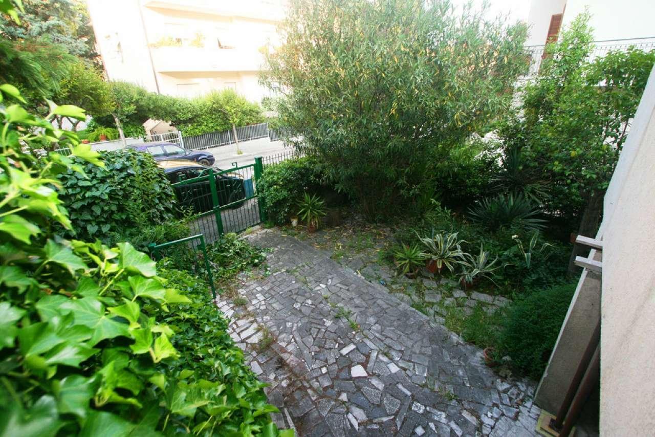 Villa in vendita a Civitanova Marche, 5 locali, prezzo € 350.000   Cambio Casa.it