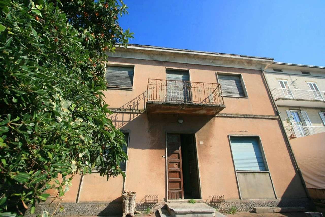 Soluzione Indipendente in vendita a Civitanova Marche, 10 locali, prezzo € 285.000 | CambioCasa.it