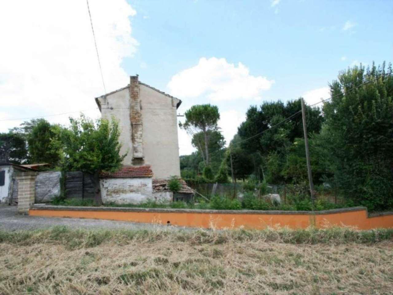 Soluzione Indipendente in vendita a Civitanova Marche, 4 locali, prezzo € 70.000 | Cambio Casa.it