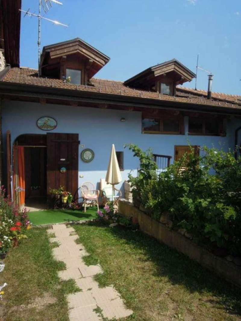 Soluzione Semindipendente in vendita a Sanzeno, 7 locali, prezzo € 240.000 | CambioCasa.it