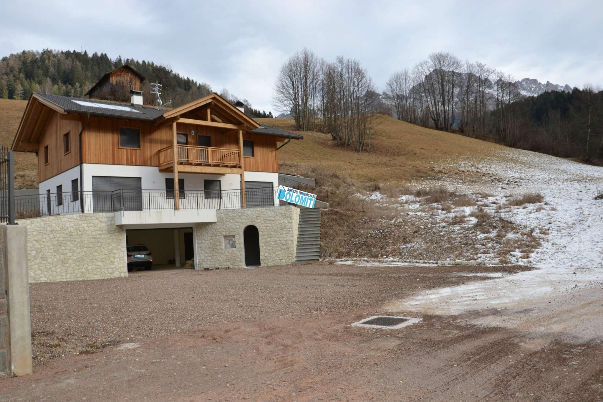 Villa in vendita a Nova Ponente, 6 locali, prezzo € 850.000 | CambioCasa.it