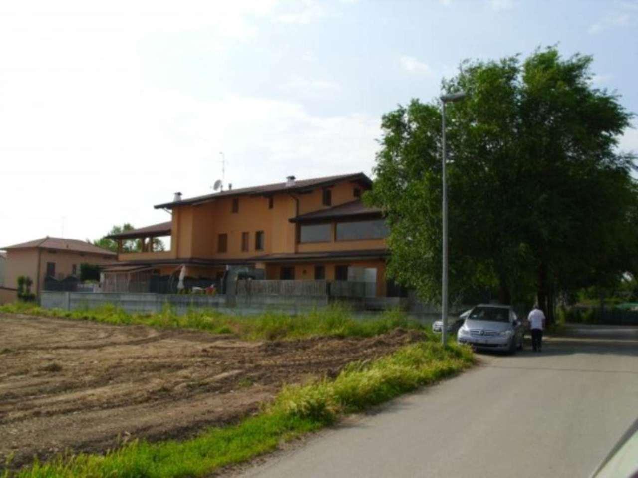Attico / Mansarda in vendita a Romano di Lombardia, 4 locali, prezzo € 280.000 | Cambio Casa.it
