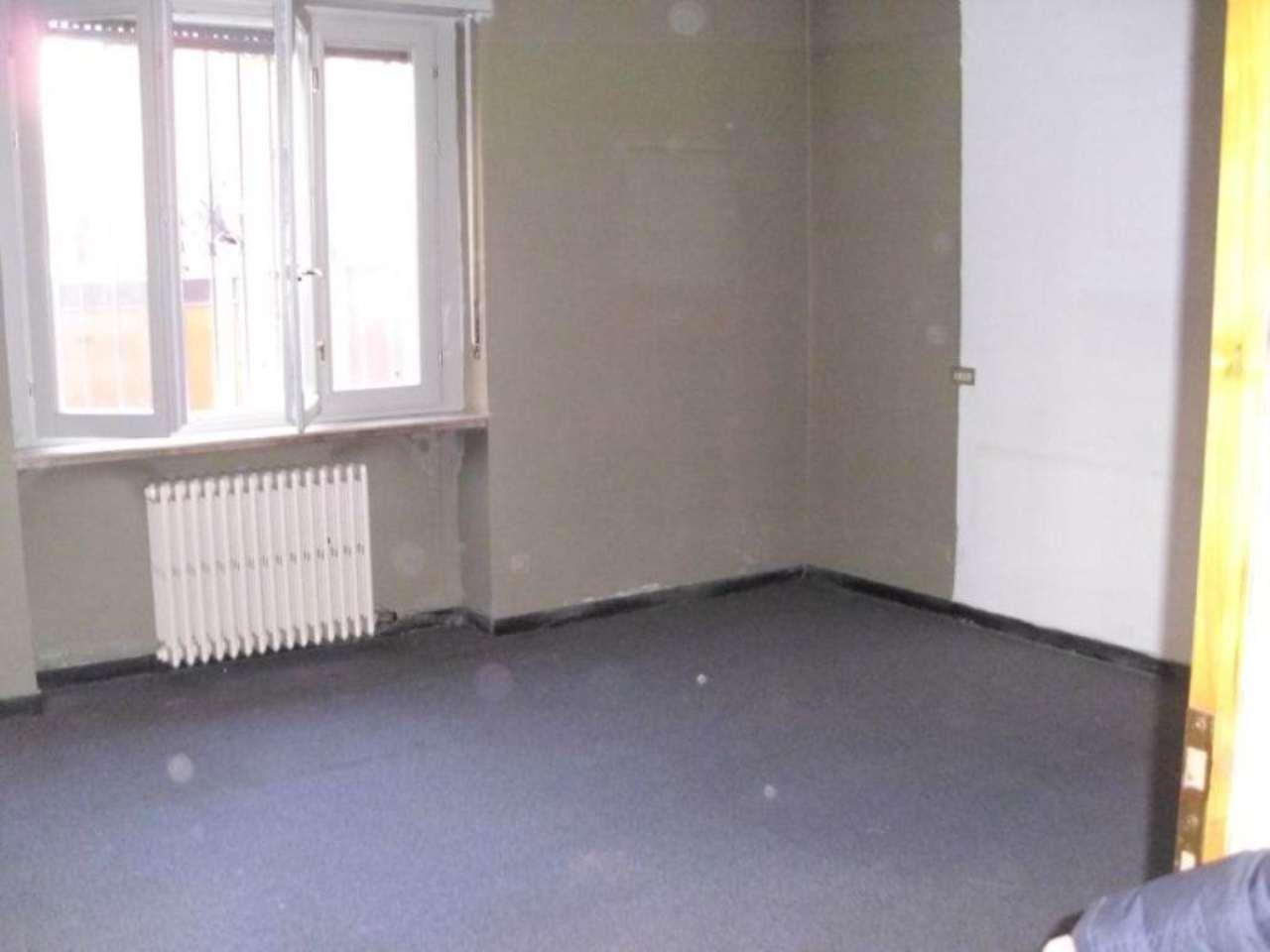 Ufficio / Studio in affitto a Romano di Lombardia, 9999 locali, prezzo € 8.500 | Cambio Casa.it