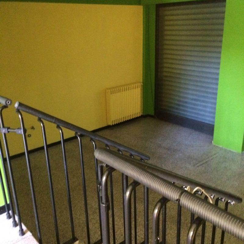 Negozio / Locale in vendita a Romano di Lombardia, 9999 locali, prezzo € 80.000 | Cambio Casa.it