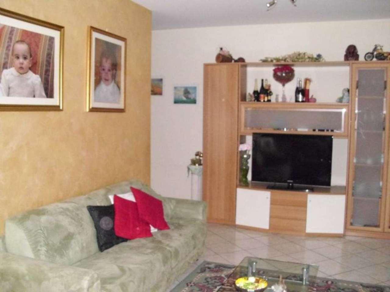 Appartamento in vendita a Romano di Lombardia, 4 locali, prezzo € 190.000 | Cambio Casa.it