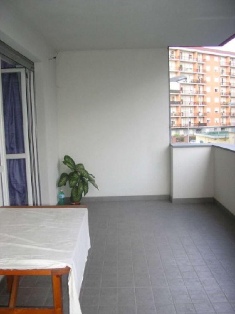Bilocale Torino Via Avellino 4