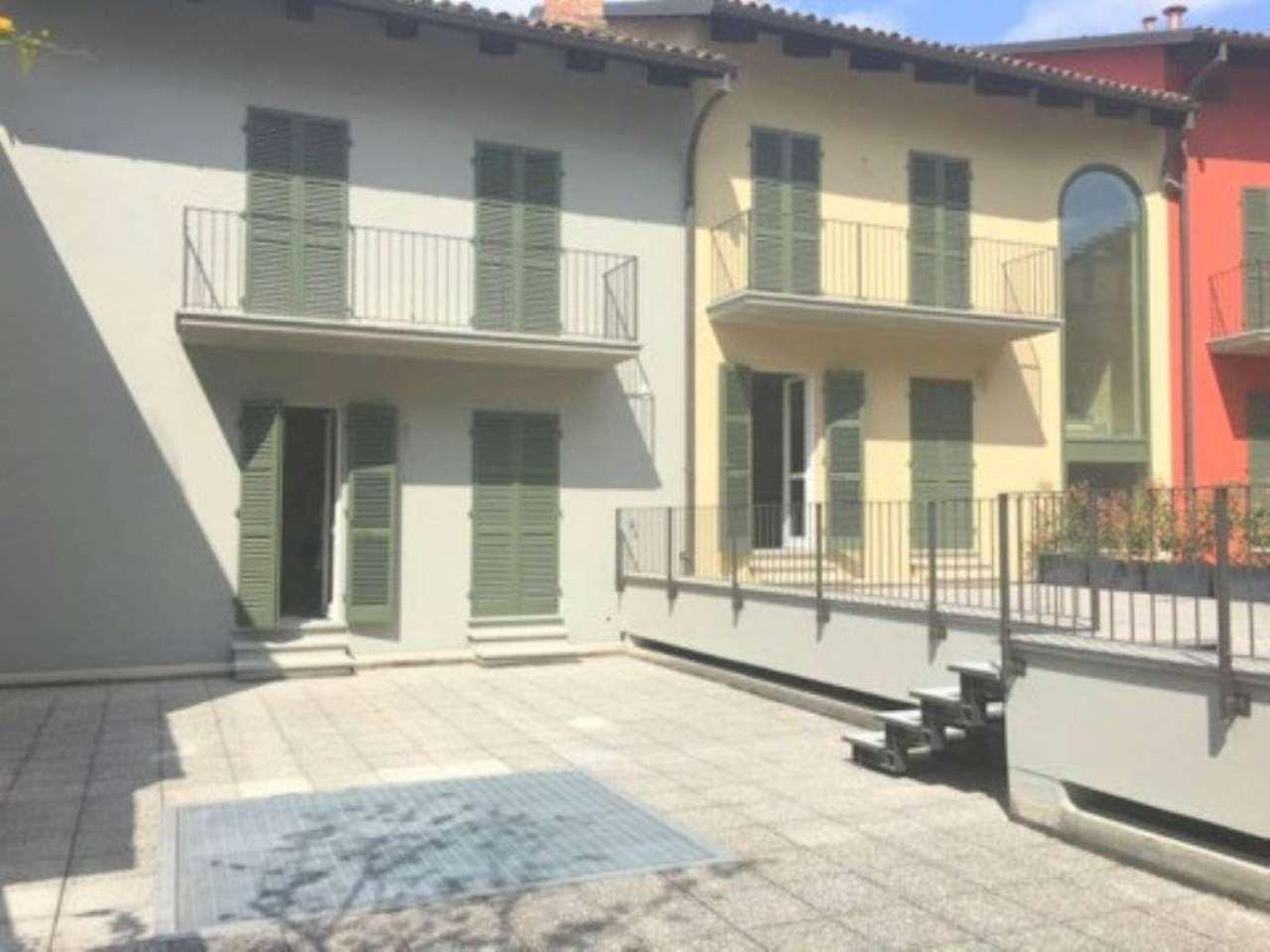 Appartamento in affitto a Chieri, 5 locali, prezzo € 2.000 | Cambio Casa.it
