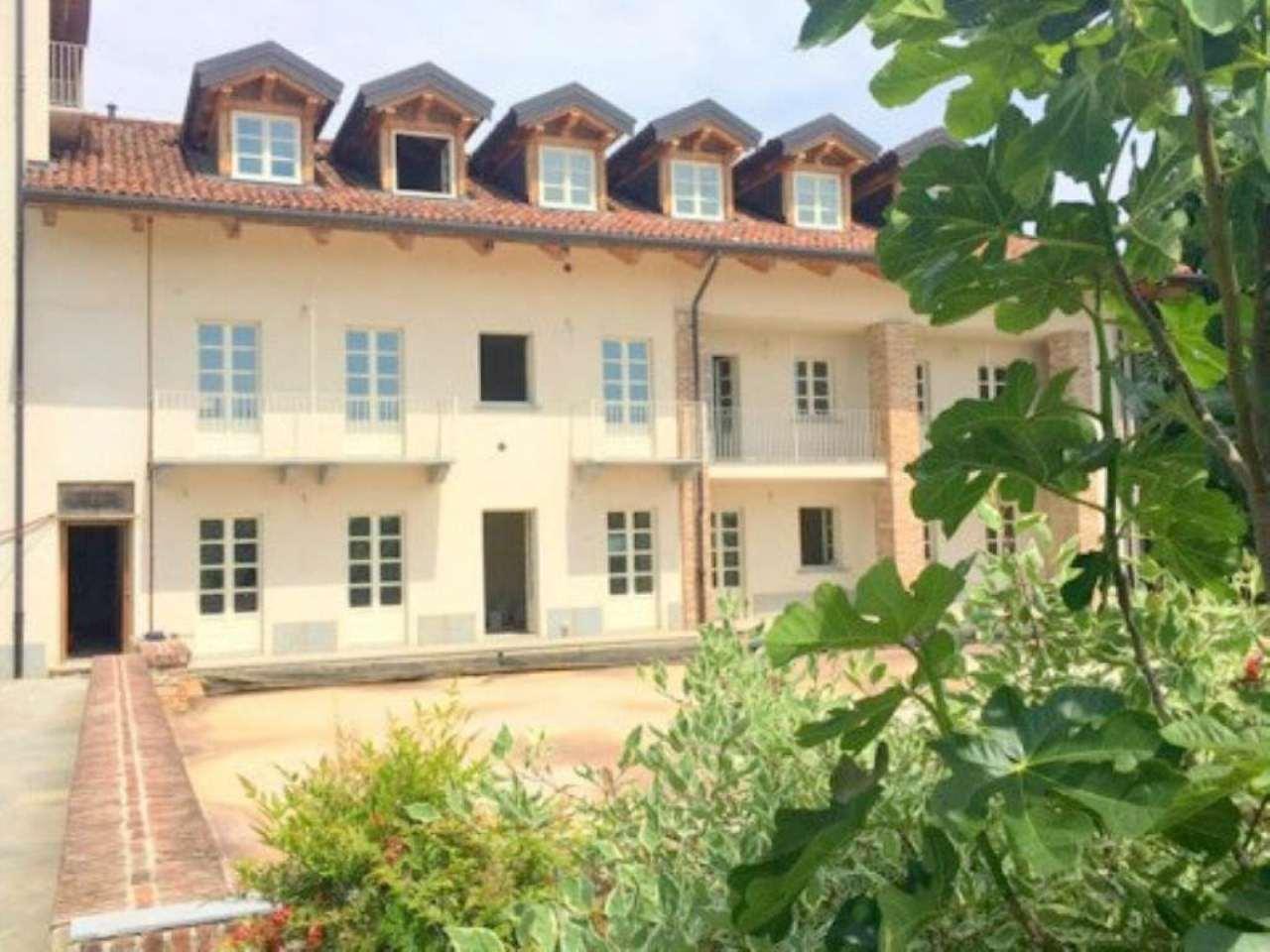 Villa Tri-Quadrifamiliare in affitto a Pecetto Torinese, 9999 locali, prezzo € 2.000 | Cambio Casa.it