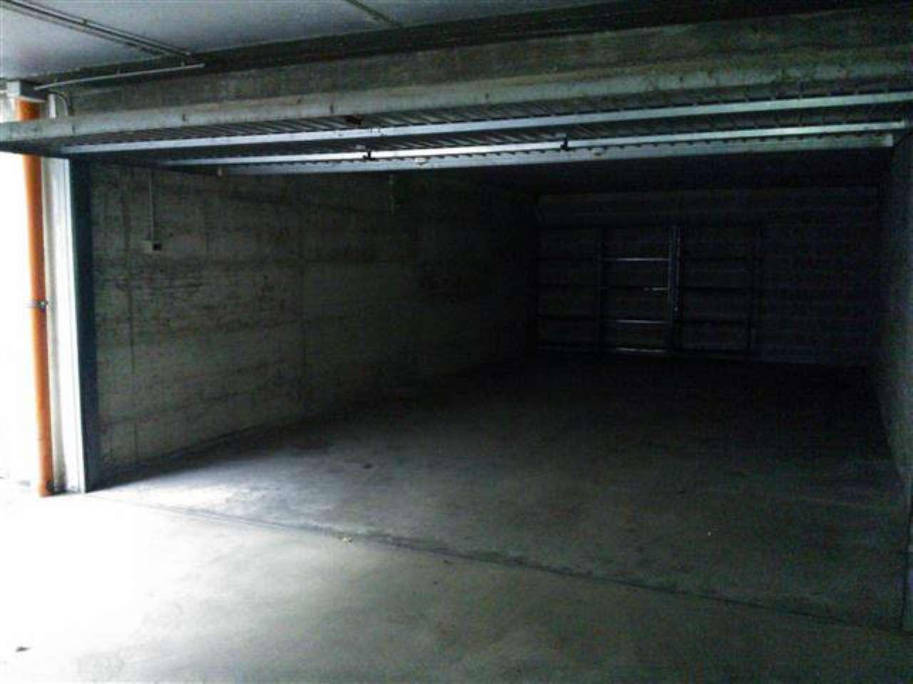Box/Garage in affitto Zona Parella, Pozzo Strada - via BORGOSESIA Torino