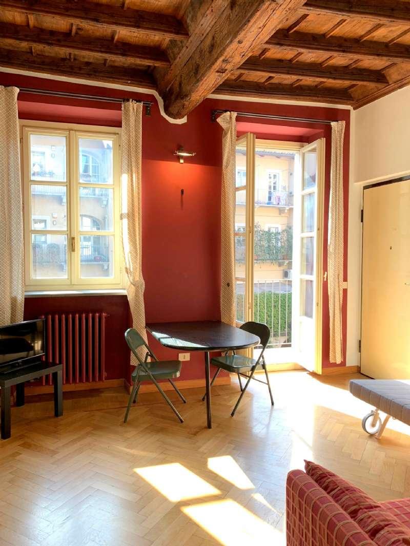 Appartamento in affitto Zona Centro - via Santa Chiara Torino
