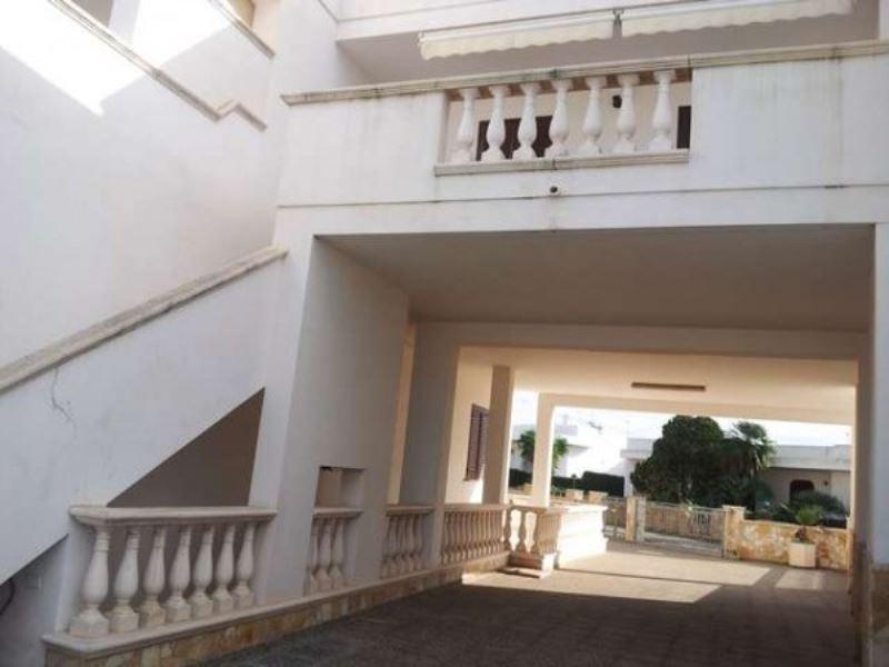 Appartamento in affitto a Taviano, 9999 locali, prezzo € 350   Cambio Casa.it