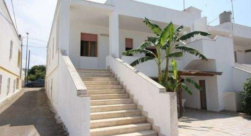 Appartamento in affitto a Taviano, 2 locali, prezzo € 350 | Cambio Casa.it