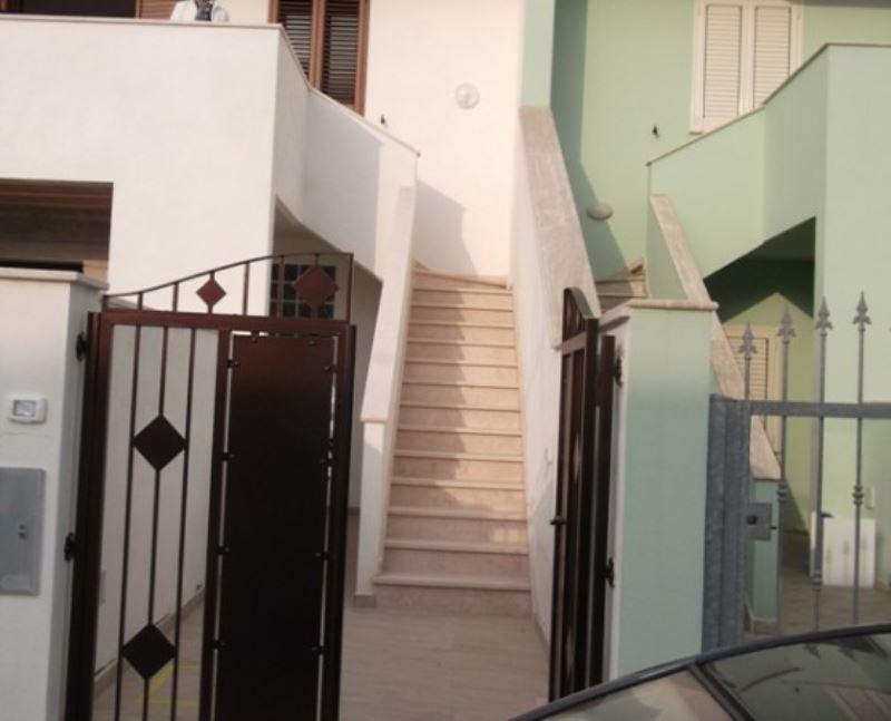 Soluzione Indipendente in affitto a Ugento, 3 locali, prezzo € 150 | Cambio Casa.it