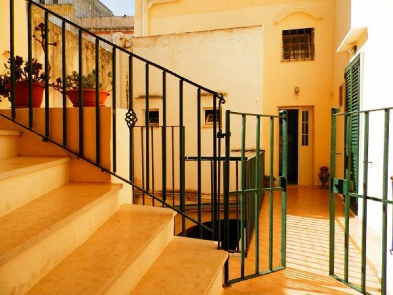 Quadrilocale climatizzato Centro storico Gallipoli a 100m dalla spiaggia Rif.8457896