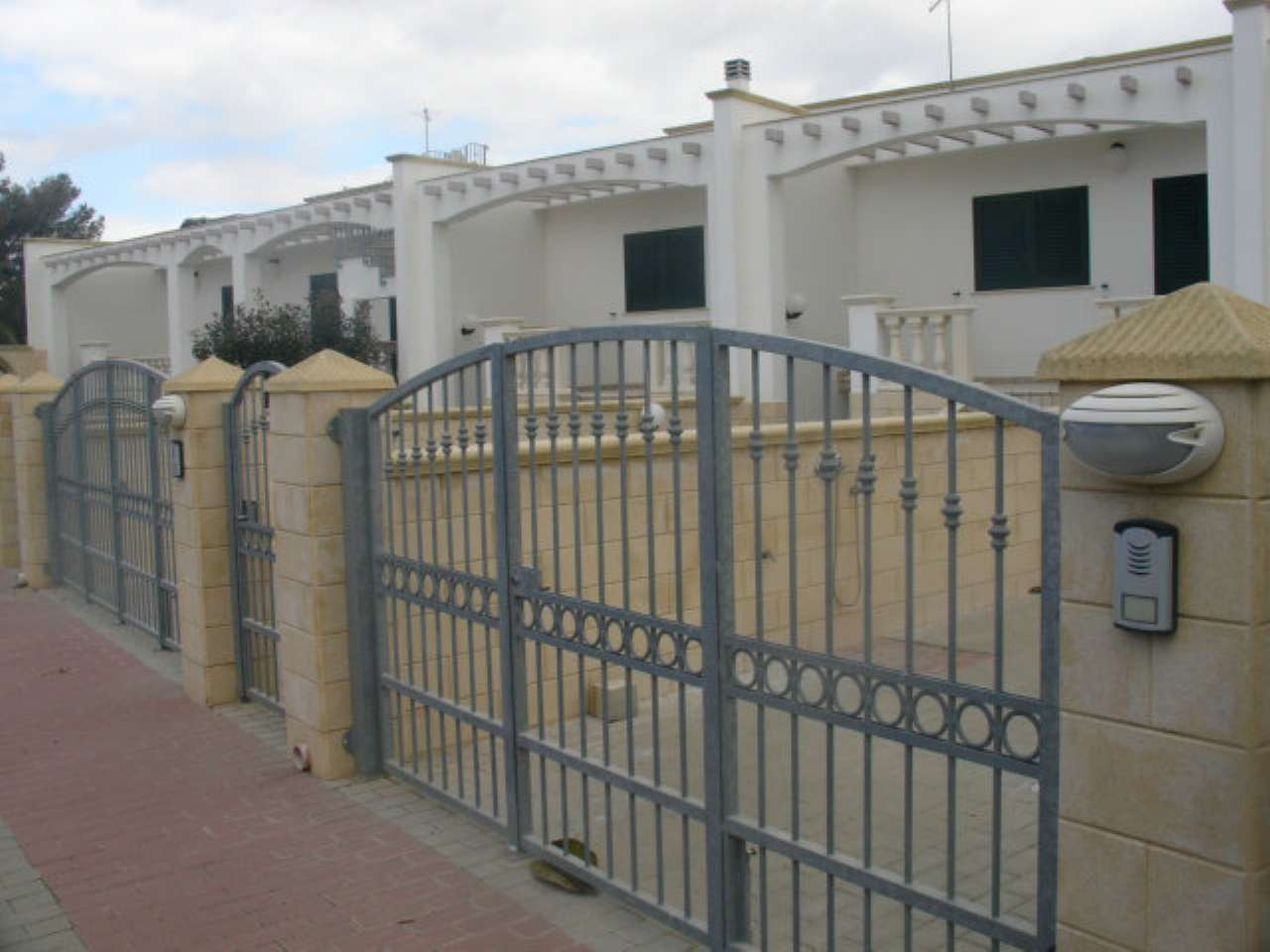 Villa a Schiera in Vendita a Taviano